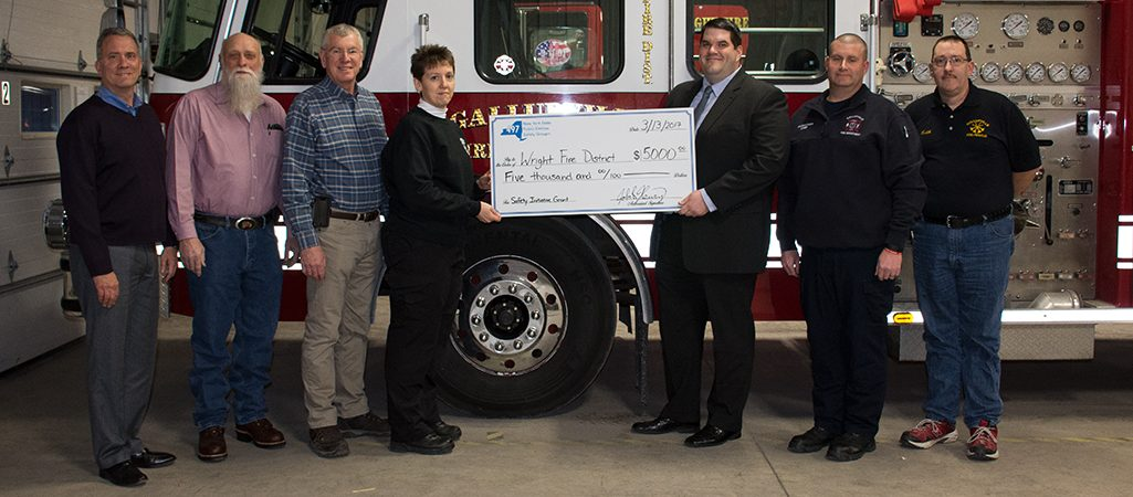 Local Agent helping Local Fire Department win $5,000 toward Protective Safety Equipment